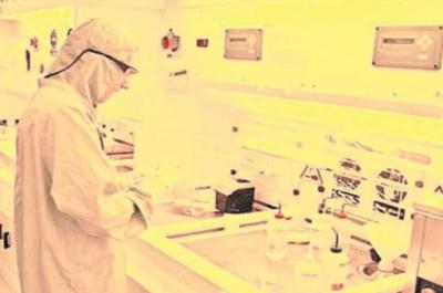Académico del DIMAD y ejecutivo de empresa nacional detallan impactos de la nanotecnología en Chile y el mundo